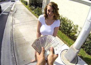 Imagen Brooke Wylde coge el dinero y se deja follar por un desconocido