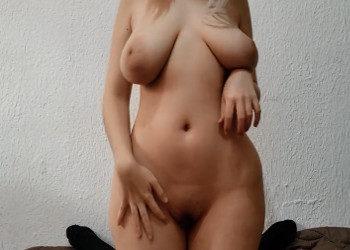 Imagen Graba las tetas naturales de su chica mientras echan un polvete