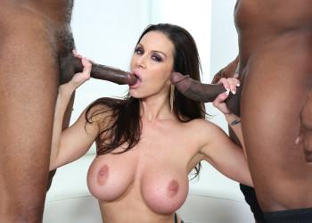 Imagen Kendra Lust se lo pasa en grande con dos mulatos polludos