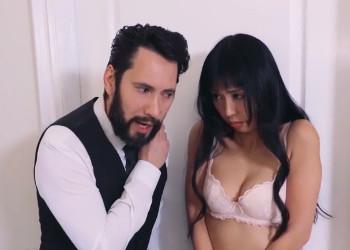 Imagen Marica Hase se somete a su jefe y recibe una follada anal