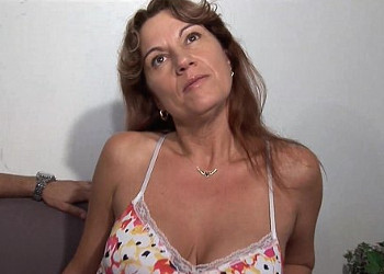 Imagen Milf francesa acude a un casting para disfrutar de un gangbang