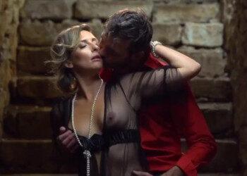 Imagen Milf francesa engaña a su marido y acaba enculada en la bodega