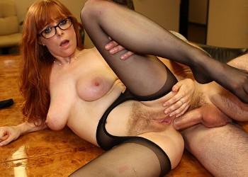 Imagen Penny Pax termina pidiendo sexo anal sobre la mesa