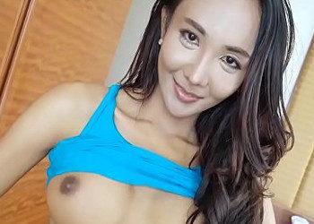 Imagen Tailandesa con rabo deja que un turista le abra el culito