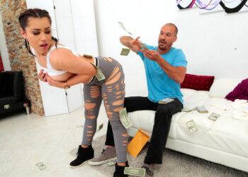 Imagen Usa sus nalgas latinas para llamar la atención y gozar de sexo
